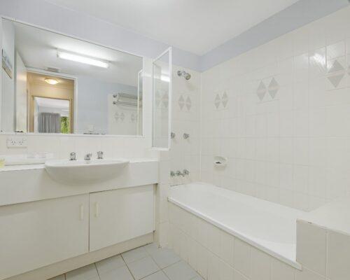 Chidori Court Main Beach Holiday Apartments (8)